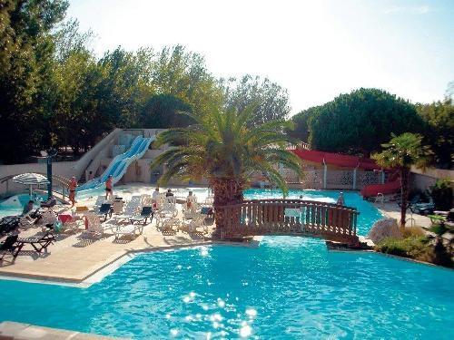 Location vacances Le Grau-du-Roi -  Maison - 6 personnes - Salon de jardin - Photo N° 1