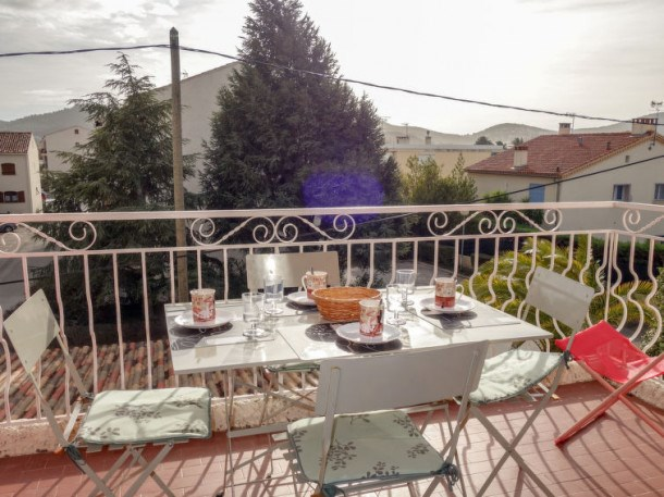 Location vacances Saint-Cyr-sur-Mer -  Appartement - 4 personnes - Lecteur DVD - Photo N° 1