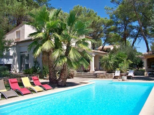 Location vacances Nages-et-Solorgues -  Chambre d'hôtes - 8 personnes - Salon de jardin - Photo N° 1