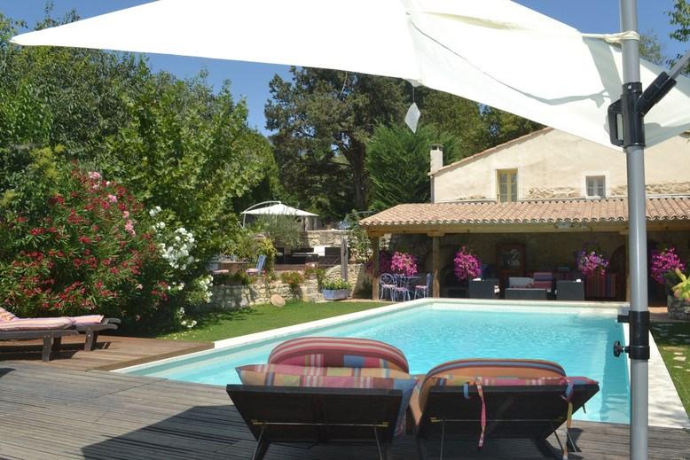 Location vacances Saint-Rémy-de-Provence -  Maison - 4 personnes - Barbecue - Photo N° 1