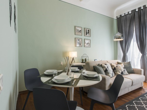 Panzani - Bright apartment steps from Florence Cathedral