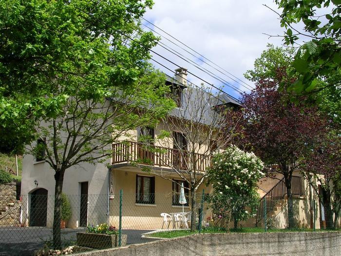 Location vacances Espalion -  Appartement - 3 personnes - Barbecue - Photo N° 1