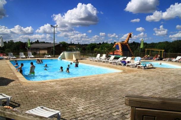 Location vacances Naucelle -  Maison - 6 personnes - Table de ping-pong - Photo N° 1