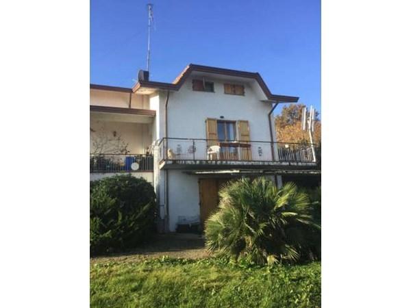 Vente Maison 5 pièces 217m² Montescudo - Montecolombo