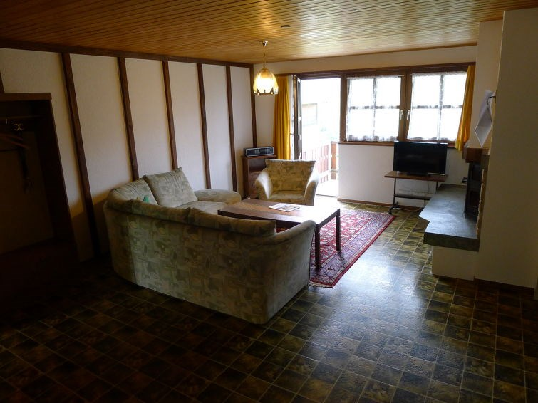 Appartement pour 6 à Surava