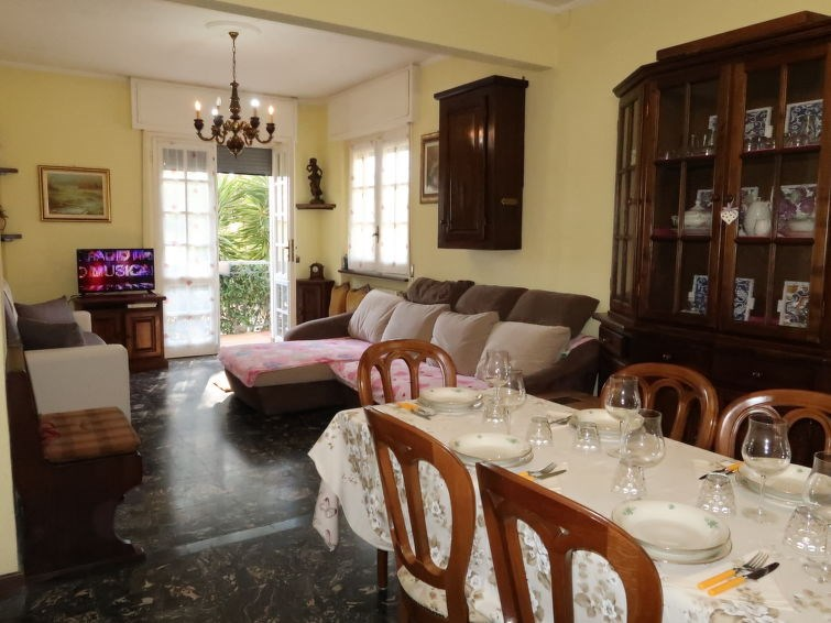 Location vacances Loano -  Appartement - 18 personnes -  - Photo N° 1