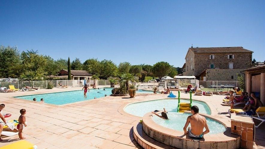 Location vacances Joyeuse -  Maison - 6 personnes - Table de ping-pong - Photo N° 1