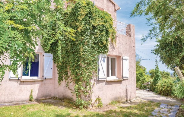 Location vacances Talasani -  Appartement - 7 personnes - Barbecue - Photo N° 1