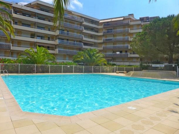 Location vacances Fréjus -  Appartement - 3 personnes - Télévision - Photo N° 1