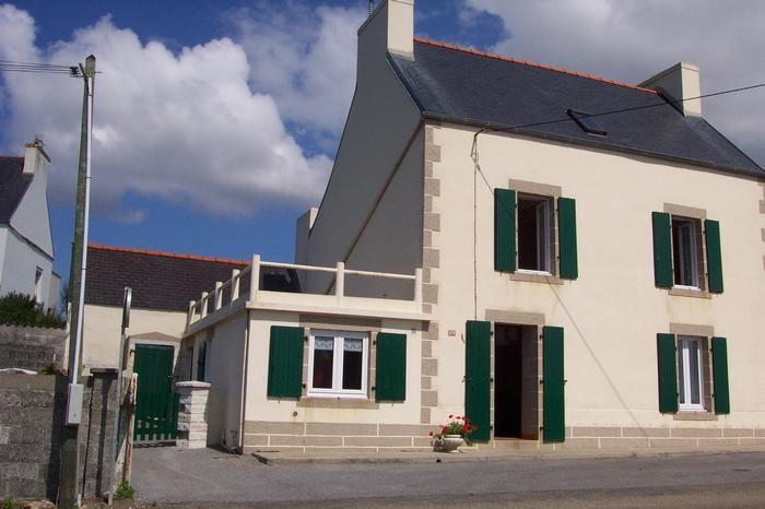 Location vacances Plozévet -  Maison - 8 personnes - Barbecue - Photo N° 1
