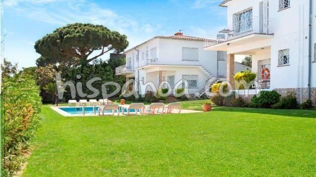 Location vacances Castell-Platja d'Aro -  Appartement - 6 personnes - Jardin - Photo N° 1