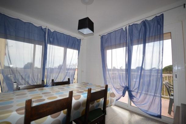 Location vacances Sant Pere Pescador -  Appartement - 4 personnes - Télévision - Photo N° 1