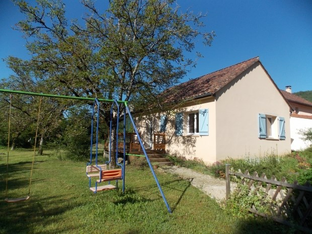 Location vacances Saint-Sozy -  Gite - 4 personnes - Barbecue - Photo N° 1