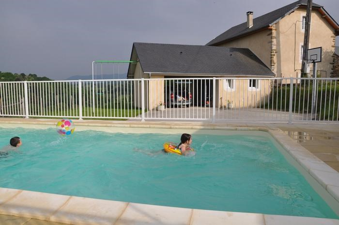Holiday rentals Gan - House - 6 persons - BBQ - Photo N° 1