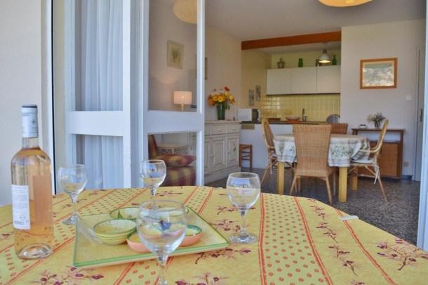 Location vacances Le Lavandou -  Appartement - 4 personnes - Télévision - Photo N° 1