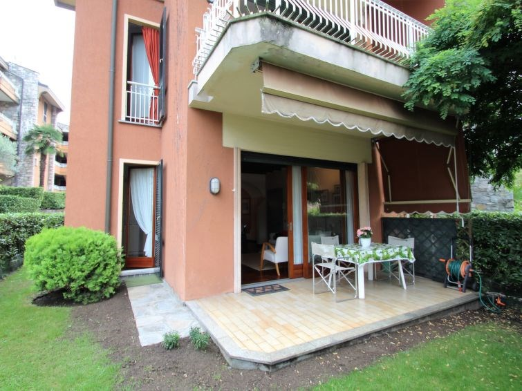 Location vacances Porto Valtravaglia -  Appartement - 6 personnes -  - Photo N° 1