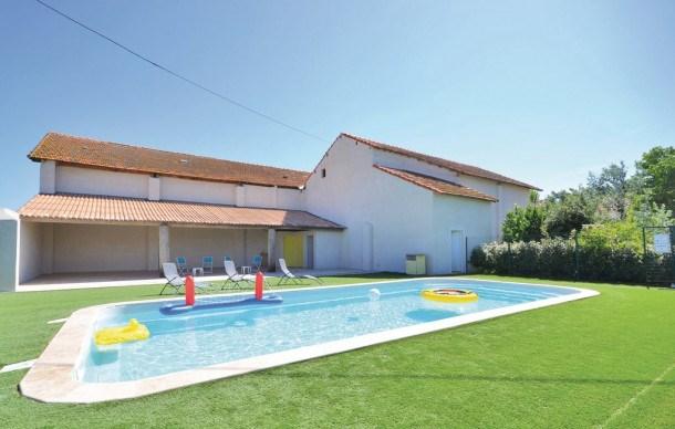 Location vacances Arles -  Maison - 4 personnes - Jardin - Photo N° 1