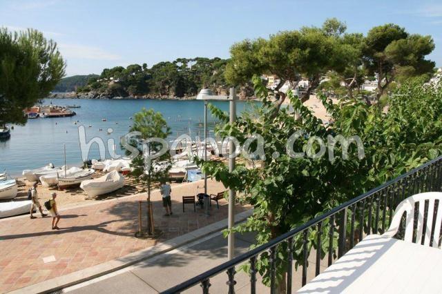 Location vacances Palafrugell -  Appartement - 5 personnes - Salon de jardin - Photo N° 1
