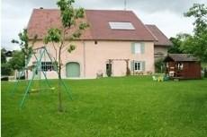 """Location gite de 180 m² pour 12 personnes """" la roche du midi"""""""