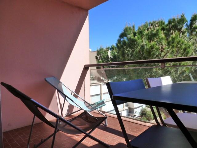 Location vacances Gruissan -  Appartement - 4 personnes - Salon de jardin - Photo N° 1