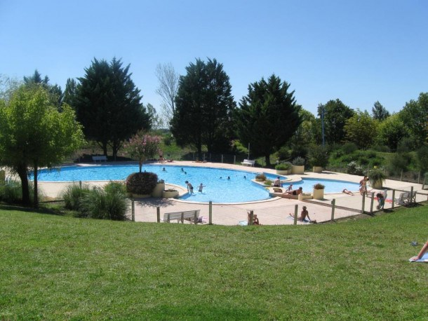 Location vacances Montpezat-de-Quercy -  Gite - 8 personnes - Table de ping-pong - Photo N° 1