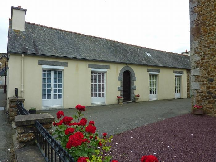 Holiday rentals Goudelin - House - 4 persons - BBQ - Photo N° 1