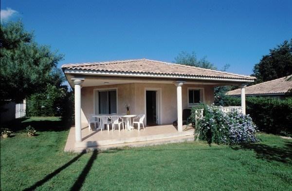 Location vacances Santa-Lucia-di-Moriani -  Maison - 7 personnes - Barbecue - Photo N° 1