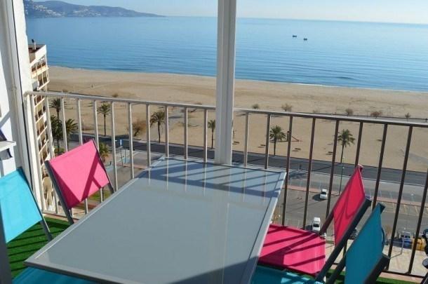 Location vacances Castelló d'Empúries -  Appartement - 3 personnes - Billard - Photo N° 1