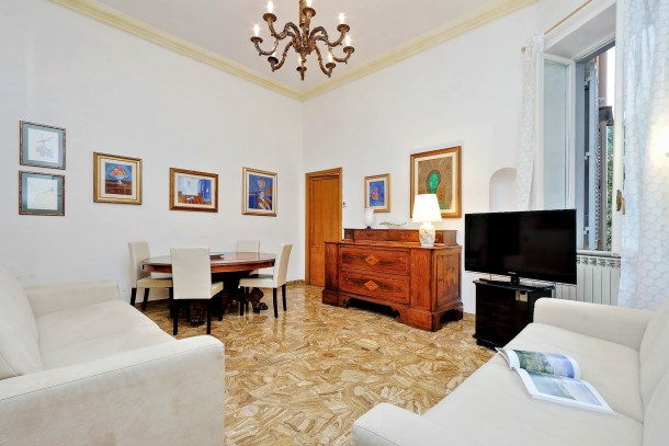 Spacious 150m2 3bdr in the heart of Rome