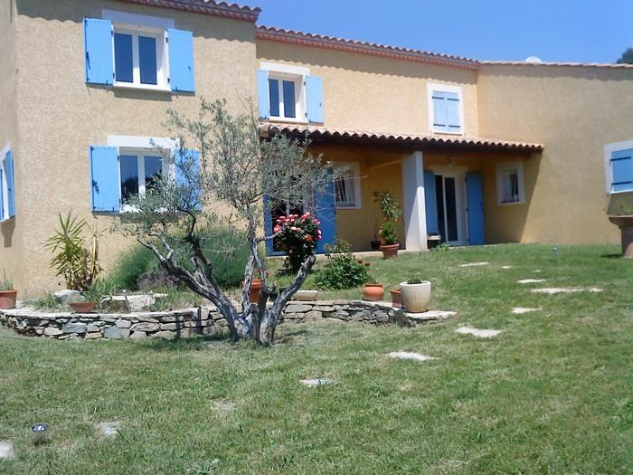 Location vacances Nîmes -  Appartement - 6 personnes - Barbecue - Photo N° 1
