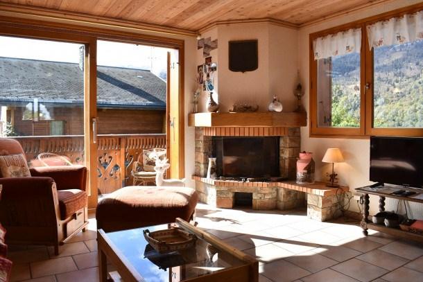 Location vacances Les Allues -  Maison - 6 personnes - Télévision - Photo N° 1