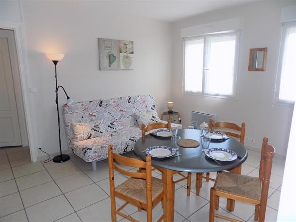 Location vacances Saint-Georges-de-Didonne -  Appartement - 4 personnes - Micro-onde - Photo N° 1