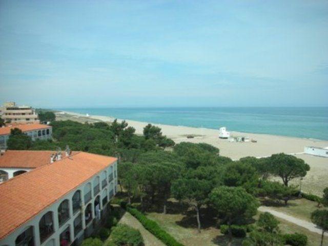 Appartement 2 pièces de 25 m² environ pour 4 personnes situé en front de mer, dans un quartier résidentiel et calme, ...