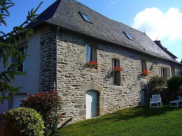 Holiday rentals Saint-Hilaire-Peyroux - House - 6 persons - Garden - Photo N° 1