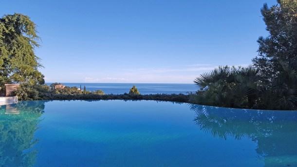 Villa T7 - 12 personnes - Vue mer - Piscine à débordement - WiFi - Sainte Maxime