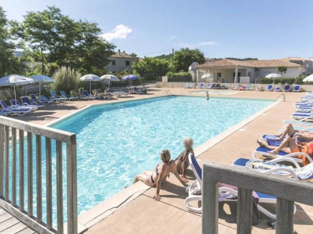 Location vacances Santa-Lucia-di-Moriani -  Appartement - 6 personnes - Balcon - Photo N° 1