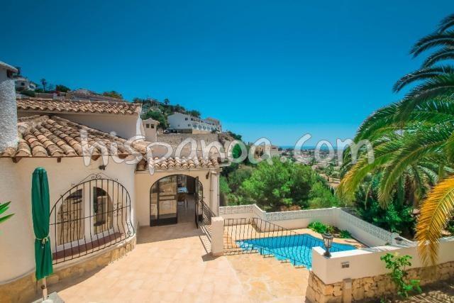 Maison à Benissa en location pour les vacances avec piscine