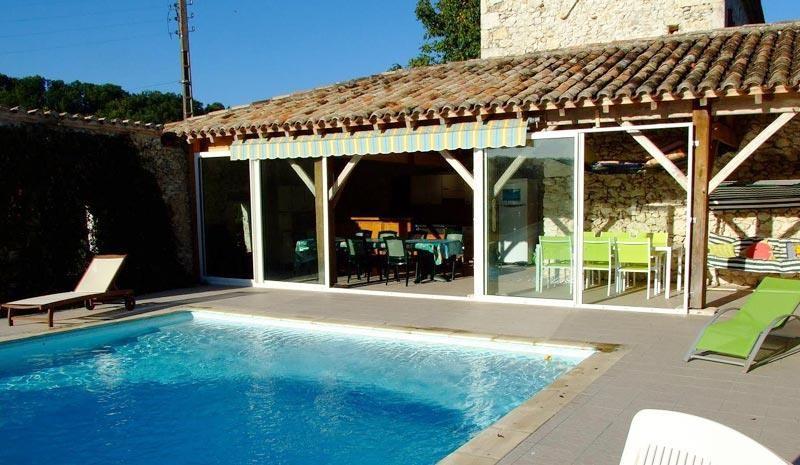 pour 14 pers. avec piscine privée, Montaigu-de-Quercy