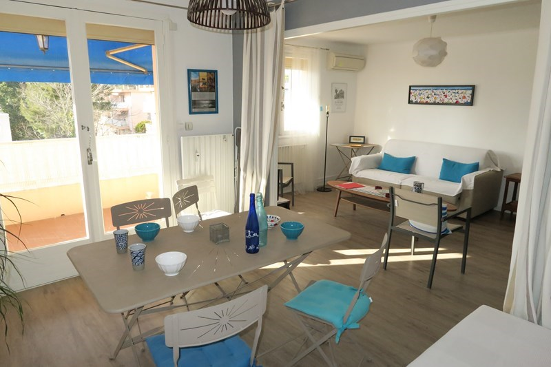 Holiday rentals Six-Fours-les-Plages - Apartment - 4 persons - Garden furniture - Photo N° 1