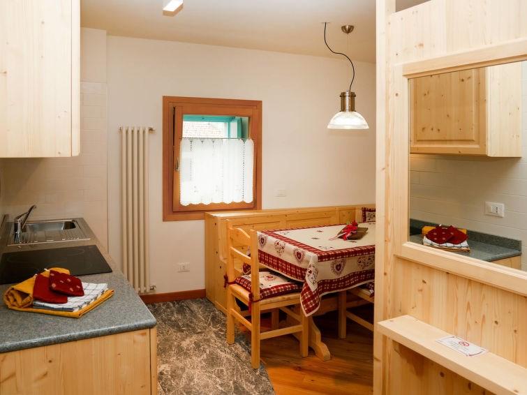 Appartement pour 2 personnes à Raveo