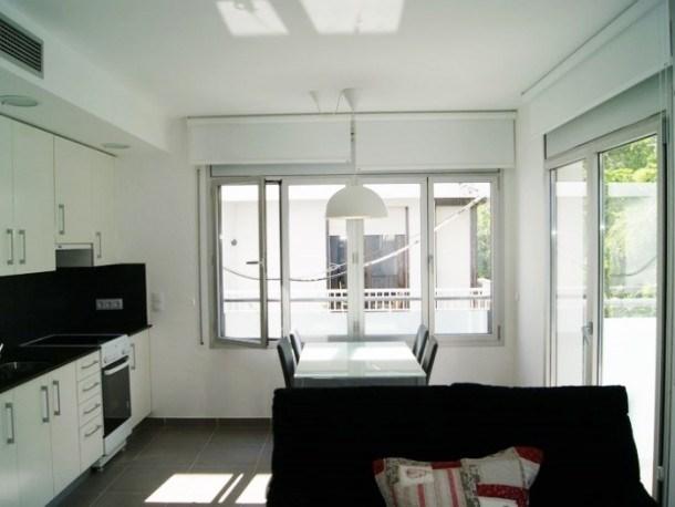 Location vacances Llançà -  Appartement - 3 personnes - Télévision - Photo N° 1