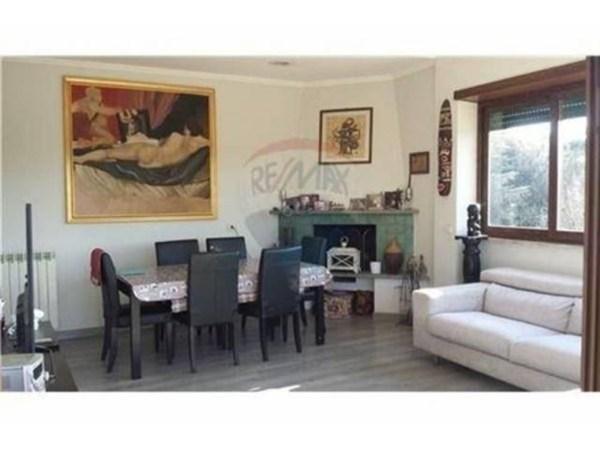 Vente Appartement 6 pièces 100m² Roma