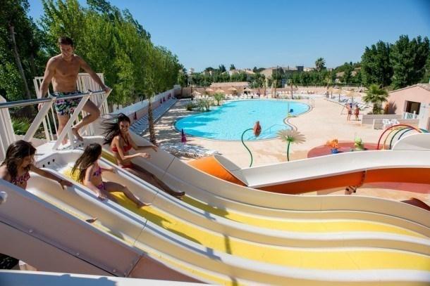 Location vacances Valras-Plage -  Maison - 6 personnes - Salon de jardin - Photo N° 1