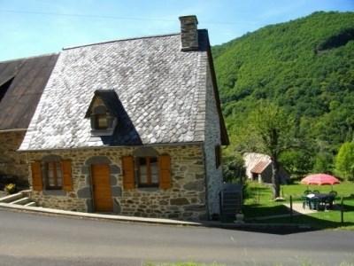 Location vacances Chalvignac -  Gite - 4 personnes - Barbecue - Photo N° 1