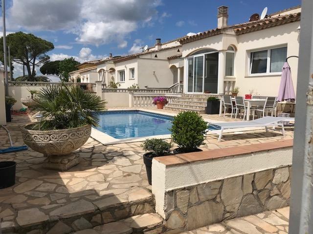 Villa 10 personnes avec piscine privée