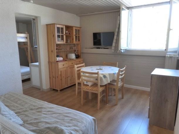 Location vacances Uvernet-Fours -  Appartement - 5 personnes - Four - Photo N° 1