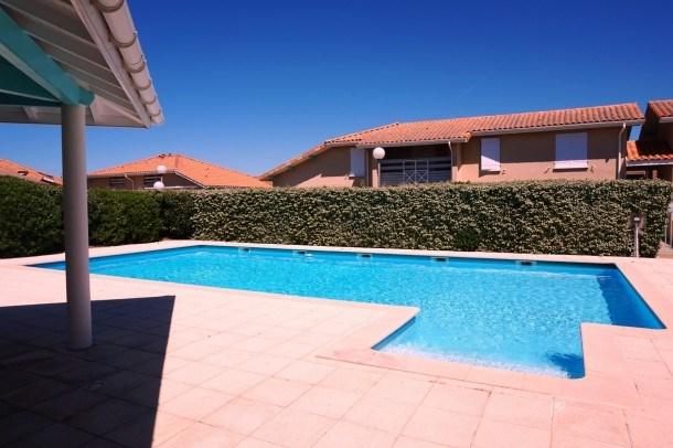 Agréable et coquet Pavillon avec piscine (079)