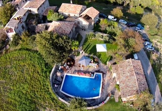 Below the Pyrenees, with pool, for 2 to 28 people - Ainsa