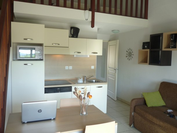 Location vacances Azille -  Appartement - 4 personnes - Barbecue - Photo N° 1