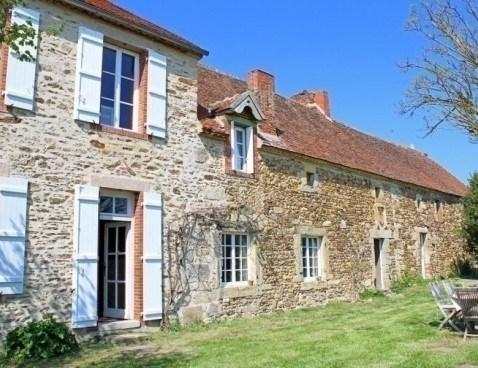 Location vacances Louroux-de-Bouble -  Maison - 10 personnes - Barbecue - Photo N° 1